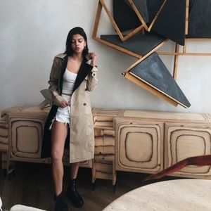 Ann Taylor two tone trench coat with belt